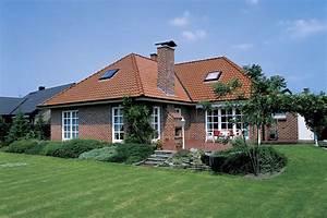 Fertighaus Mit Klinkerfassade : bungalow landhaus jura ein fertighaus von gussek haus ~ Markanthonyermac.com Haus und Dekorationen