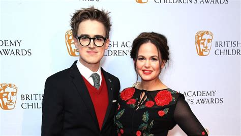 Giovanna Fletcher says comments about her pregnancy bump ...