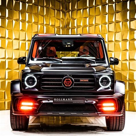 It's safe to say that most onlookers won't be able to quickly tell apart the two. Top 7 Mercedes G63 AMG: modified G-Wagons, limited edition interioirs.