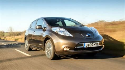 leaf real world range nissan leaf 30kwh uk launch fuel included electric cars with free fuel