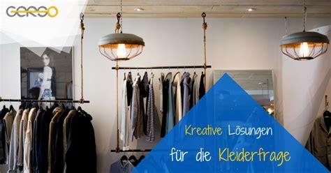 Kleiderstange Der Decke by Diy Kleiderst 228 Nder Mit Kleiderstangen Aus Dem Ladenbau