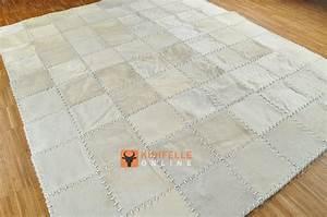 Kuhfell Teppich Weiß : kuhfellteppich patchwork natur weiss 200 x 160 cm kuhfell teppich weiss 47 ~ Frokenaadalensverden.com Haus und Dekorationen