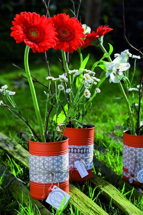 Garden Decoration Flowers by 20 Tin Can Craft Ideas Flower Vases And Plant Pots