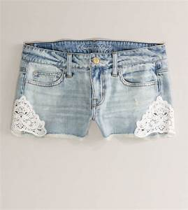 JEAN SHORT WITH LACE ON SIDES on The Hunt