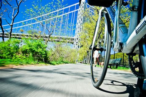 bicyclist photographs nyc streets  unique vantage point