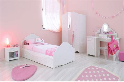chambre a coucher blanc chambre à coucher fille blanc brillant novomeuble
