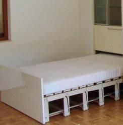 Schrankwand Mit Bett : schrank mit integriertem bett und schreibtisch h fele ~ Michelbontemps.com Haus und Dekorationen