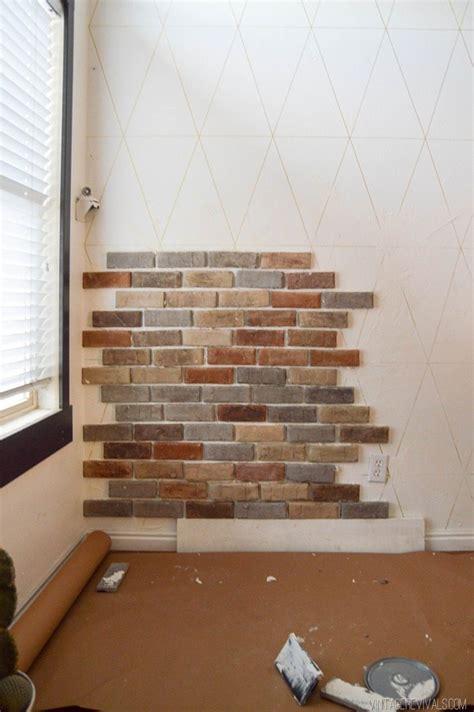 Backsteinwand Innen Aufarbeiten by Installing Brick Veneer Inside Your Home Vintage Revivals