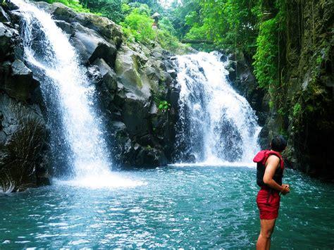 wisata air terjun  bali    kunjungi turis