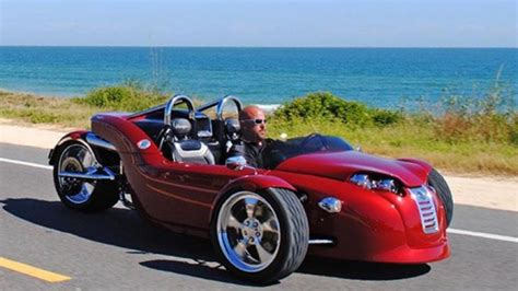 Campagna Follows Up T-rex With V13r Trike