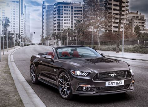 ford mustang convertible specs    suvs