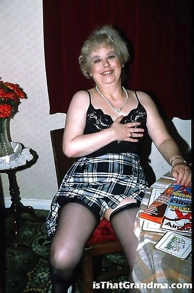 Mature granny with super hot body stripping dress and   XXX Picture