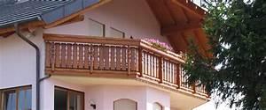 Balkon Blumenkasten Holz : m ller balkone aus holz viele gestaltungsm glichkeiten ~ Orissabook.com Haus und Dekorationen