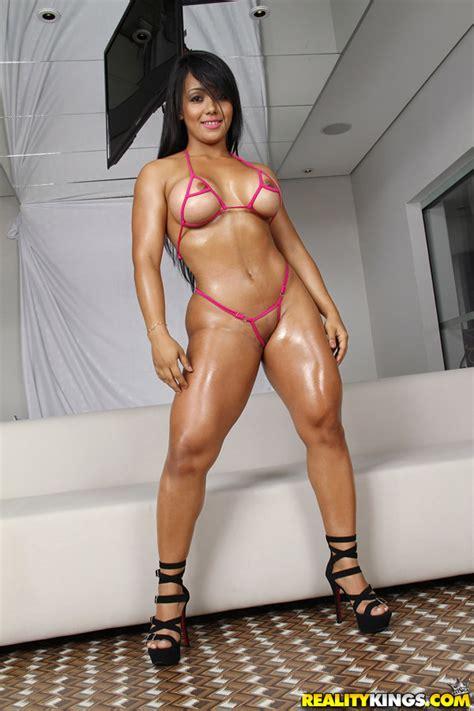 Akemy - Big Body Bang - Mike In Brazil 52798