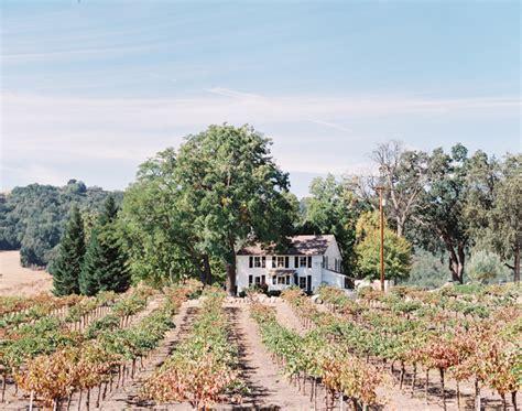 karrie jays hammersky vineyards wedding mirelle