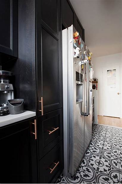 Kitchen Pantry Luxury Apartment Gets Bathroom Sweeten