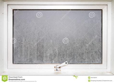 frame window glass opaque with white aluminium stock