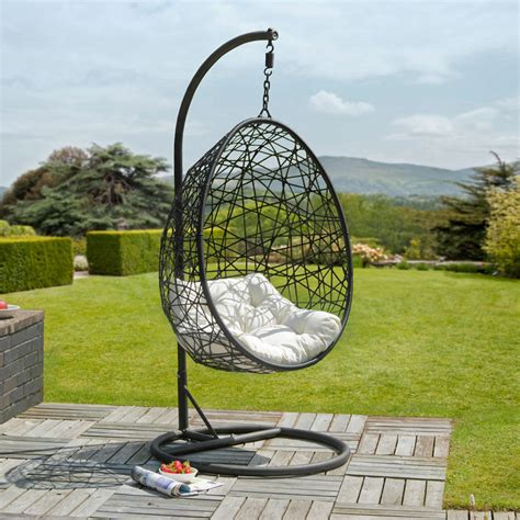 chaise balancelle garden swings to your summer swing along nicely
