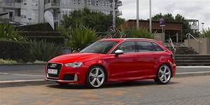 Audi Rs3 Sportback : 2016 audi rs3 sportback review caradvice ~ Nature-et-papiers.com Idées de Décoration