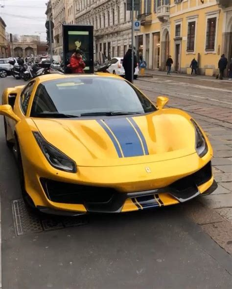 Even among a crop of gorgeous ferraris, this 488 pista would stand out thanks to its modena yellow paint scheme and black racing stripe. An all new Ferrari 488 Pista Spider spec'd in yellow with a thick blue stripe spotted in Milan ...