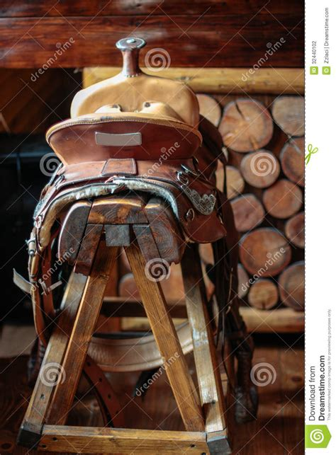 chaise selle de cheval saddle bar stool stock photography image 32440102