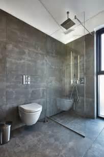 Badezimmer Raumhoch Mit Fliesen 60x120 Cm Anthrazit