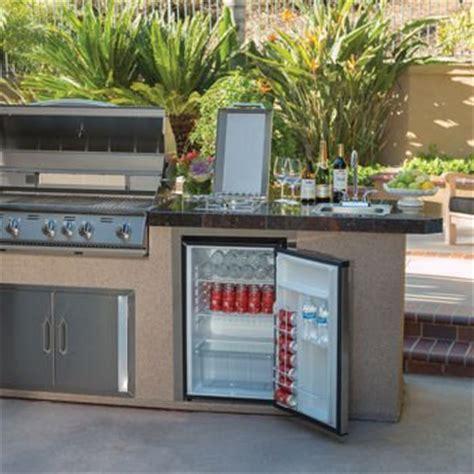 3 Good Refrigerators for a Garage   3GoodOnes.com
