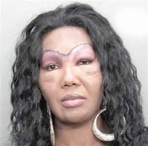 Makeup Tattoos Gone Wrong - Mugeek Vidalondon