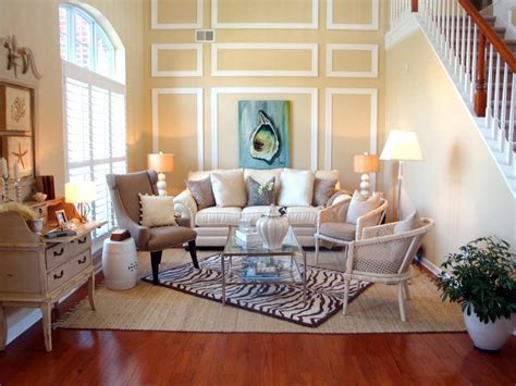 Chic Living Room Decorating Ideas And Design 7 Chic: Beachfront Bargain Hunt