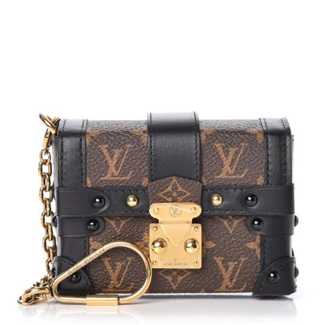 louis vuitton monogram essential trunk black
