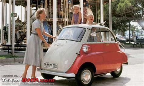 Micro Cars (pictorial Of Small Cars)