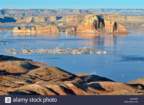 Lake Powell View Rv Boat Storage by Castle Rock With Wahweap Marina Lake Powell Page