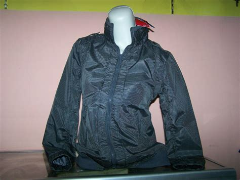 jaket parasit cewek ako original dengan topi grosir