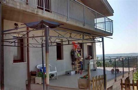 ringhiera per terrazzo copertura ombreggiante per terrazzo