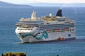 File Norwegian Jade  Ship  2006  Imo 9304057  In Split