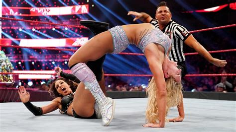 Chelsea Green Makes WWE Raw Debut