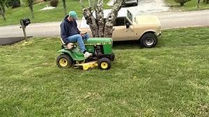 John Deere 112 L - Lawnmower