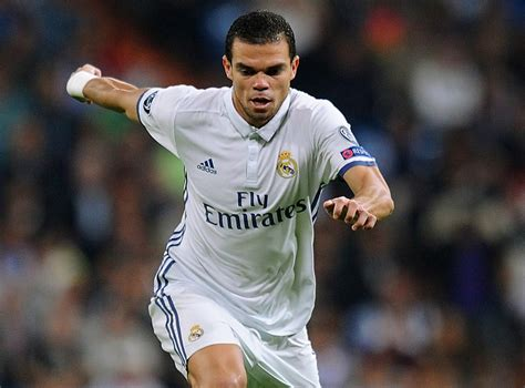 Real Madrid to offer Pepe a new one-year deal amid Chelsea ...