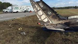 Accident Rn 20 : five people killed in plane crash at florida airport 1037 chuckfm ~ Medecine-chirurgie-esthetiques.com Avis de Voitures
