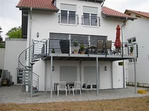 Bodenbeläge Balkon Außen : verzinkte spindeltreppe beispiel 10 terrasses ~ Lizthompson.info Haus und Dekorationen