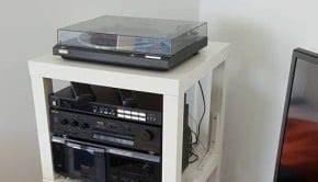 Hifi Rack Ikea : stereo system stand from 12 shelves ikea hackers ikea hackers ~ Watch28wear.com Haus und Dekorationen