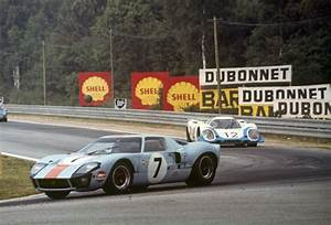 Via Automobile Le Mans : ford gt 2017 ford 39 s faster production car ever hits 216 mph fortune ~ Medecine-chirurgie-esthetiques.com Avis de Voitures
