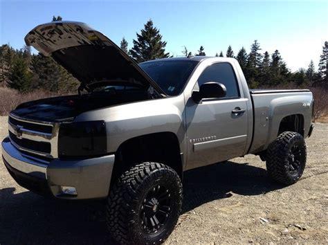 ideas  chevy silverado   pinterest lifted chevy trucks lifted trucks
