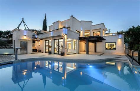 Moderne Häuser Mit Pool Kaufen by Villa Bendinat Kaufen Villen In Bendinat Auf Mallorca