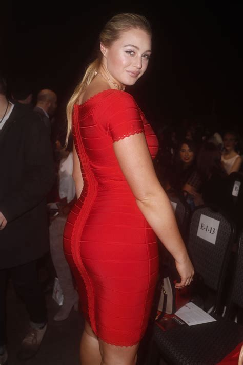 iskra lawrence ahas  red  women collection   nyc