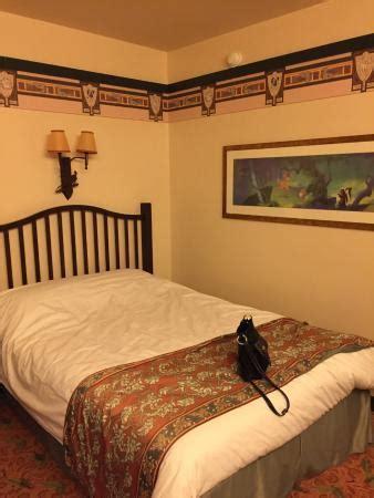 chambre montana sequoia lodge la chambre avec deux grands lits picture of disney 39 s