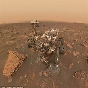 Nasa's Curiosity Rover takes selfie in middle of dust ...