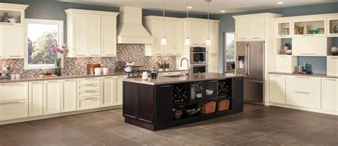 Shenandoah Kitchen Cabinets by Shenandoah Cabinetry Exclusively At Lowe S For My