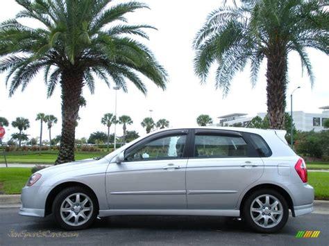 2006 Kia Spectra Spectra5 Hatchback In Clear Silver