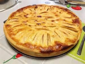 tarte aux pommes normande p 226 te bris 233 e all 233 g 233 e et migaine amandes chocolat blanc recette
